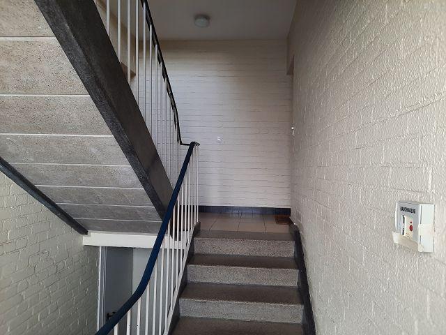 Helles Treppenhaus mit Rauchabzug